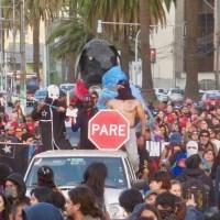 La Primera Línea y el Matapacos se toman las calles de Valparaíso