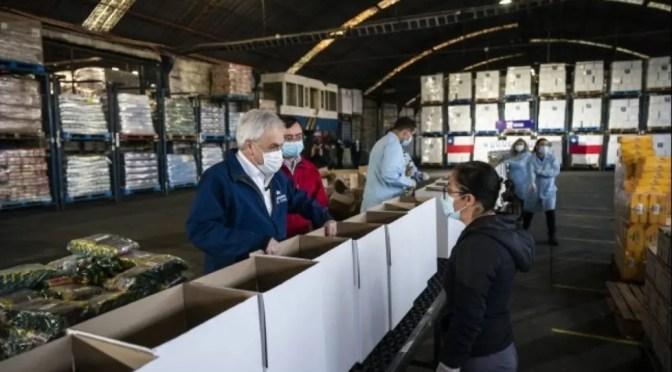 Las cajas de alimentos, el nuevo engaño de Piñera