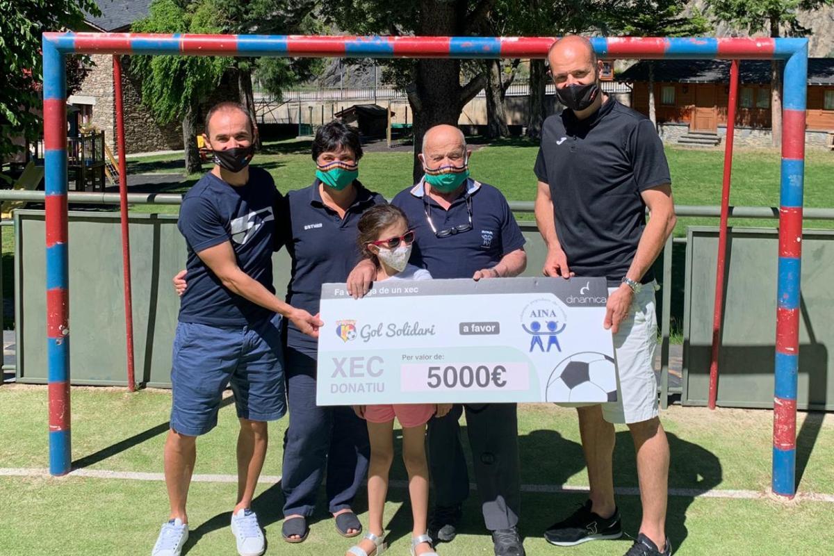 Gol Solidari lliura 5.000 euros a l'Aina