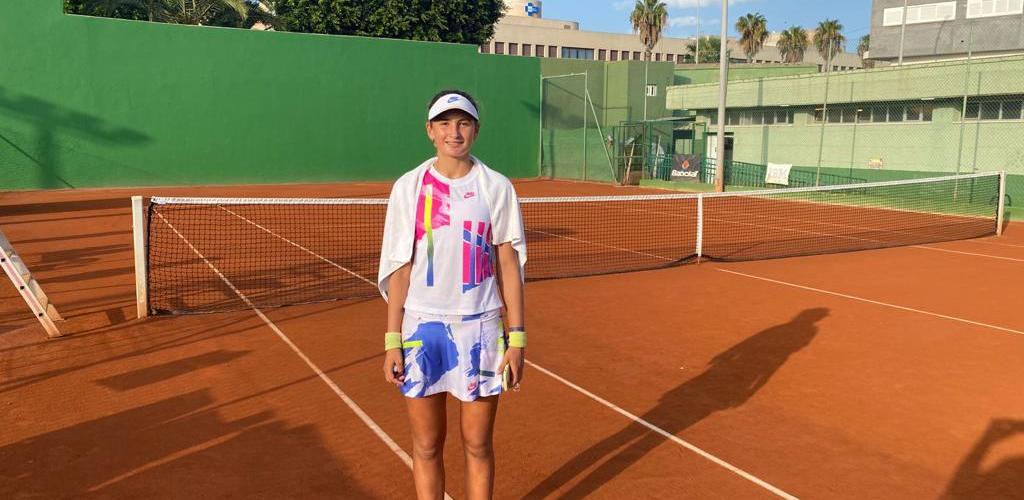 Jimenez Kasintseva derrota 7-5 i 7-6 (5) a Charaeva en els 1/4 de l'ITF de Melilla
