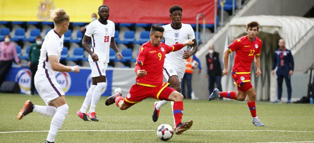 Andorra planta cara a Anglaterra i empata 3-3