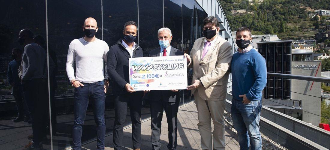 Assandca rep els 2.100 euros de la recaptació del WintCyling