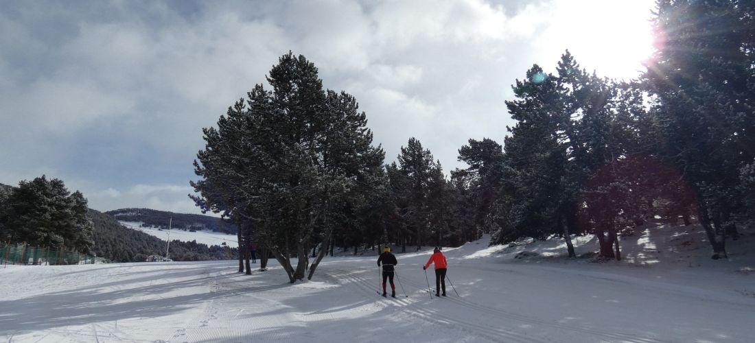 Presència moderada d'esquiadors el primer dia de La Rabassa