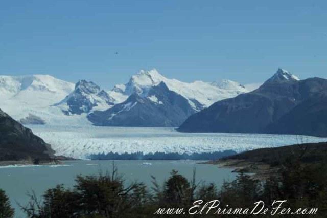 Vista del Glaciar Perito Moreno desde la ruta