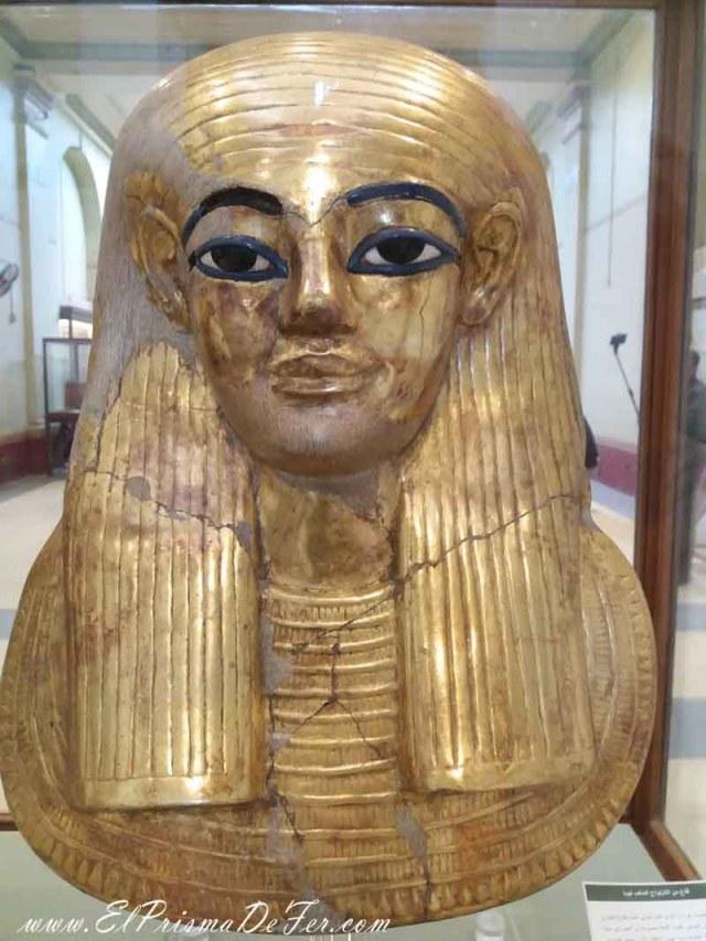 Mascara funeraria que les ponían a los muertos para conservar mejor su cara