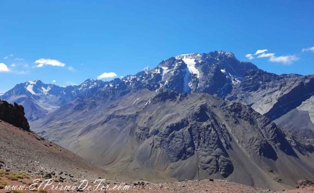 Vistas de la Cordillera de los Andes desde el Cristo Redentor