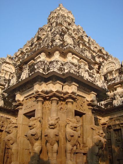 768px-Kailash_Temple_3
