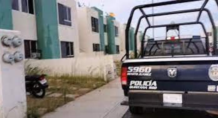 Mujer abrió la puerta de su casa y un sujeto le disparó en Cancún