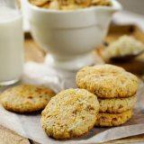 Receta de galletas de coco y almendras
