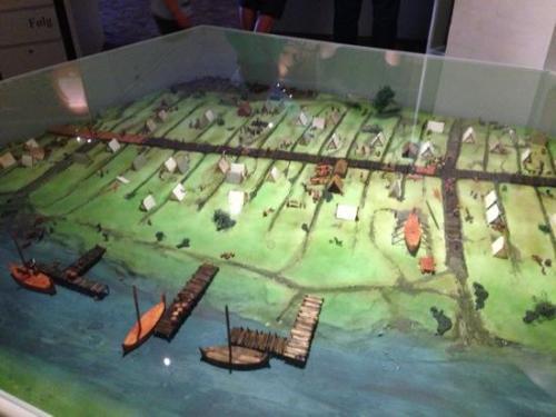 Recreación de los inicios de Ribe [Centro Vikingo de Ribe]