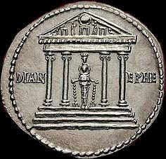 Moneda con el templo de Artemisa