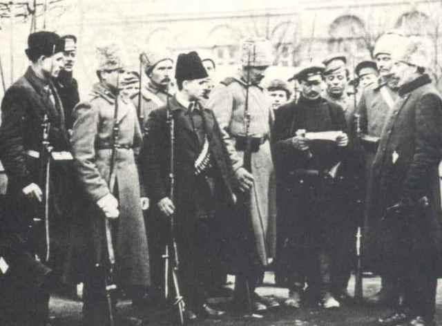 Guardias rojos en 1917