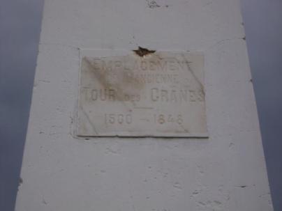 Monolito en Djerba (fuente: revista The Penny )