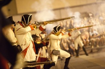 Recreación de la batalla en 2014 Fotos: http://www.diariodeavisos.com/2014/07/santa-cruz-vence-nelson-otra-vez/