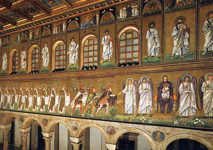 Mosaicos de San Apolinar Nuevo
