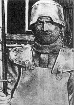 casco primera guerra arditi