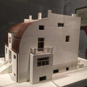 Maqueta de la Steiner House en la Exposición del CaixaForum Madrid (foto: retohistorico)