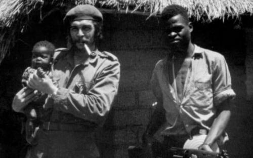 Che Guevara en Patrice Lumumba Congo independencia