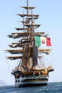 El Amerigo Vespucci; buque escuela de la Marina Militar de Italia, construido en 1930.