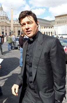 Kyle Chandler protagoniza The Vatican