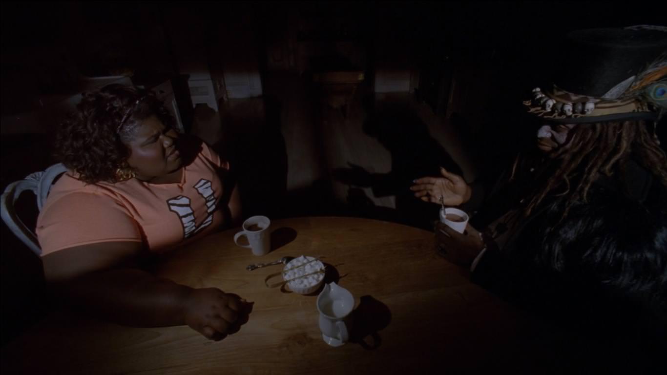 American Horror Story: Coven 3x12 Queenie hace un pacto con Papá Legba tras volver del infierno