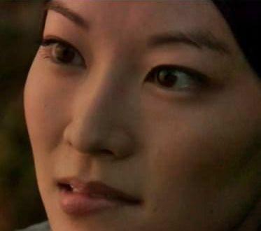 Arden Cho (primer plano)