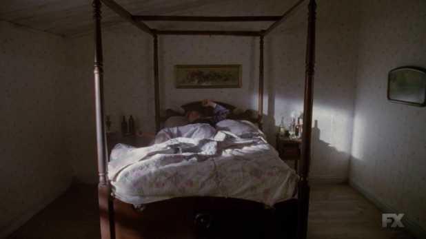 American Horror Story 3x13 Fiona comienza su infierno