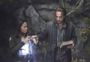 Sleepy Hollow termina su primera temporada- Biblia