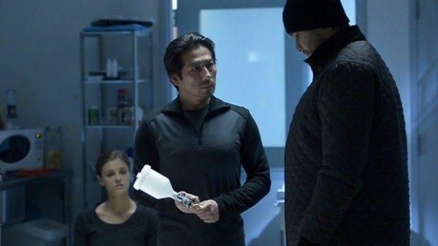 Helix 1x11 Black Rain - Miksa y Hatake