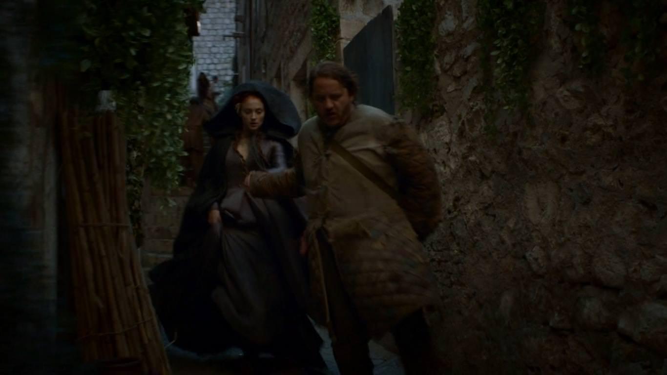 Juego de Tronos 4x03 Breaker of Chains -   Sansa huye de Desembarco del Rey