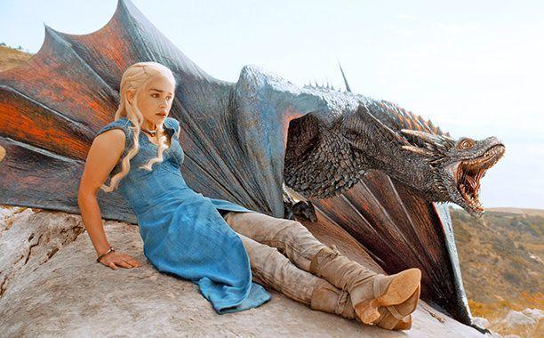 Juego de Tronos 4x01 Two Swords - Daenerys (Emilia Clarke)