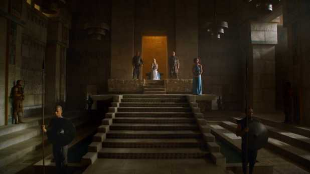 Juego de Tronos 4x06 The Laws of Gods and Men - Daenerys comienza a gobernar Meereen