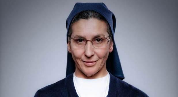Personajes de Sin Identidad - Elvira Mínguez es Sor Antonia