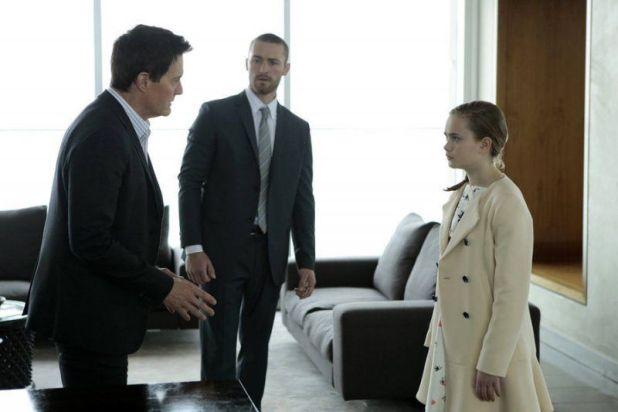Believe 1x11 - Bo y Tate hablando con Skouras