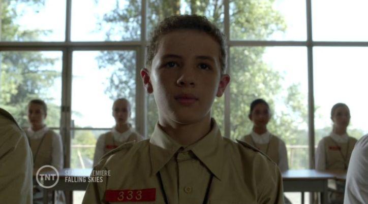 Falling Skies 4x01: Matt está internado en un centro de re-educación y él actúa para saber qué está pasando en realidad.