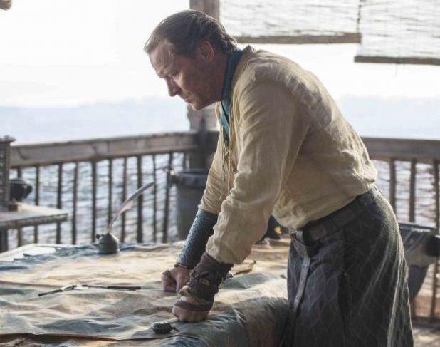 Juego de tronos 4x08 - Jorah Mormont antes de ser expulsado de Meeren
