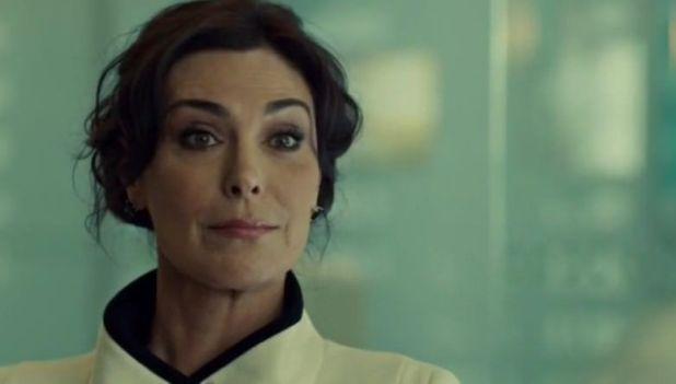 Orphan Black 2x07: La doctora Marion Bowles hace acto de presencia como superior de Leekie y dirigente de DYAD.