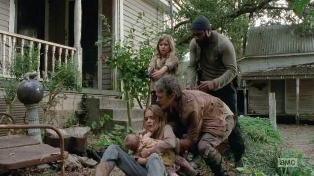 Denise Huth, coproductora ejecutiva de The Walking Dead, habla sobre la quinta temporada - El grupo de Rick no sabe qué les ha ocurrido a las hermanas Lizzie y Mika
