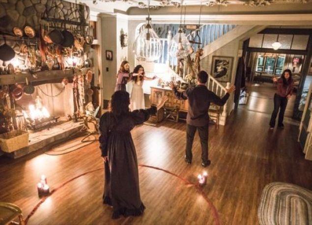 Final de la segunda temporada de Witches of East End