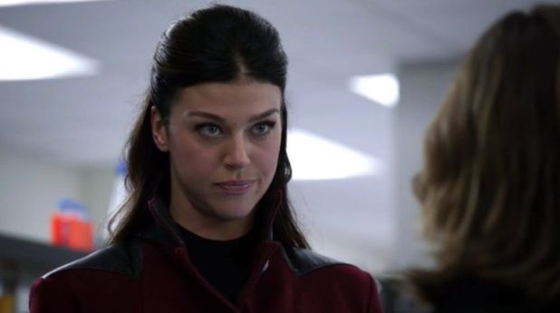 Agents of SHIELD 2x05 A Hen in the Wolfhouse
