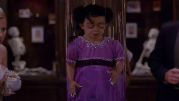 American Horror Story Freak Show 4x07 - El asesinato de Ma Patite ya fue avanzado en el anterior capítulo.