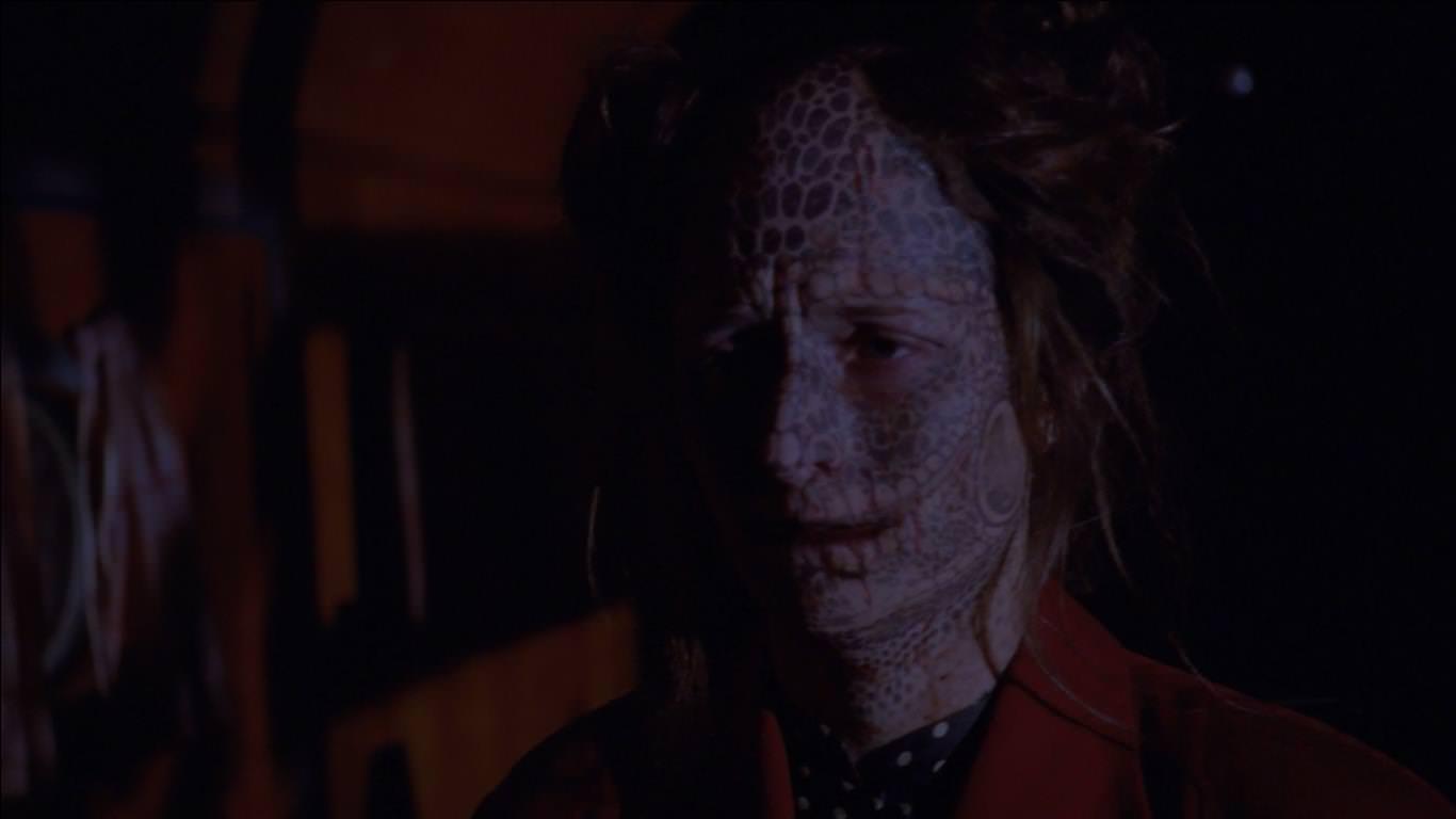 American Horror Story Freak Show 4x07 - Esta cuarta temporada se caracteriza por mostrar una burrada tras otra.
