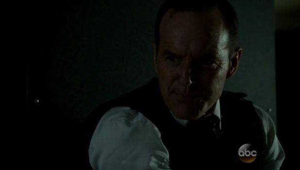 Agents of SHIELD 2x08: Coulson traza un plan para encontrar la ciudad perdida, pero HYDRA vuelve a complicarle las cosas.