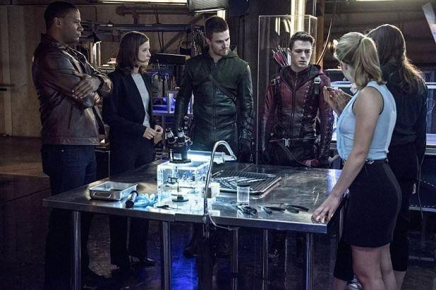 Arrow 3x08: El equipo Arrow y el equipo Flash se unen para combatir una nueva amenaza para Starling City y para ARGUS.