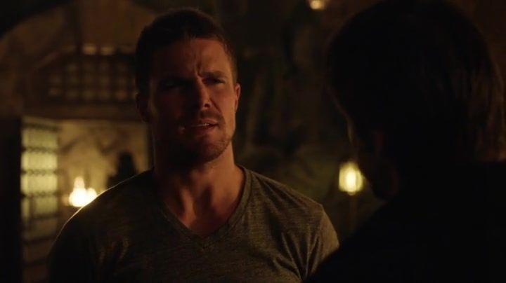 Arrow 3x16: Ra's le ofrece a Oliver ser su sucesor, y aunque lo rechaza de inmediato pronto le surgirán dudas para aceptarlo.