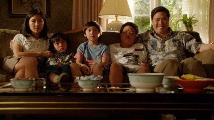 Crítica de Fresh off The Boat: Una familia asiática se muda a un barrio residencial de Orlando con un estilo de vida totalmente diferente al suyo.