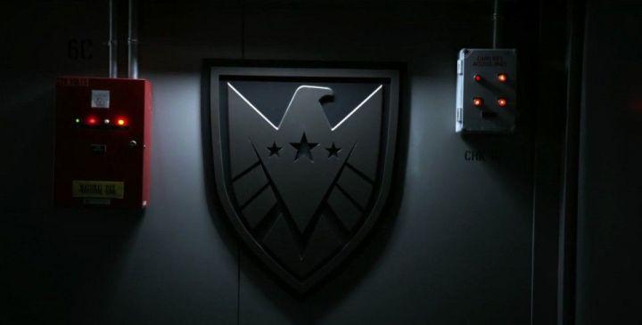 Agents of SHIELD 2x13: Mack revela sus intenciones a Hunter y afirma que trabaja para una nueva organización, la verdadera SHIELD.