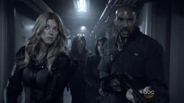 Agents of SHIELD 2x15 One Door Closes