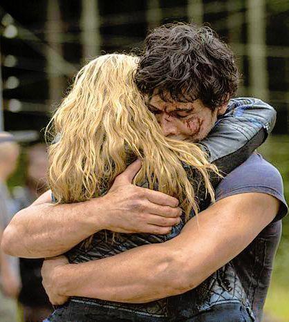 Clarke y Bellamy deberían estar juntos