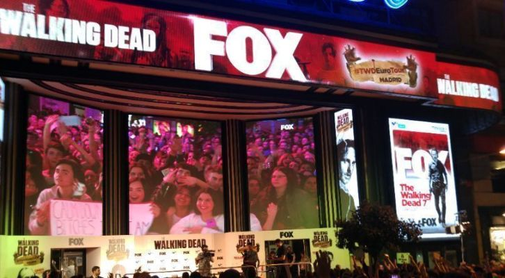 'The Walking Dead' Euro Tour 2017 hace temblar de 'zombis' la Gran Vía de Madrid